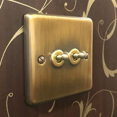 Classical Aged Antique Brass  Sockets & Switches